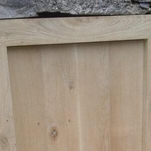 Petite porte et son cadre